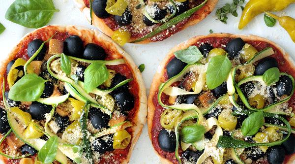 Simple Vegan Pita Pizzas